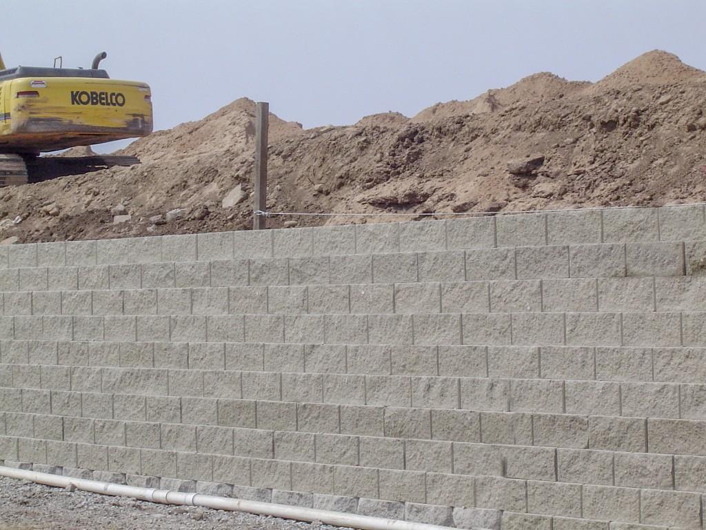 2010-Oshkosh-Block-Wall-SW-Side-002PS-1024x768